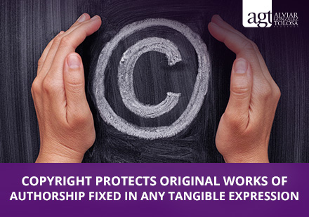 Trademark Vs. Copyright Sign