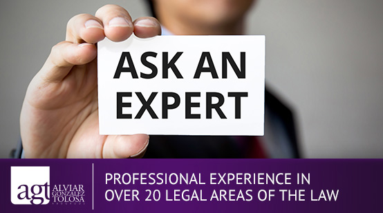 Professional Lawyer of a Law Firm in Colombia